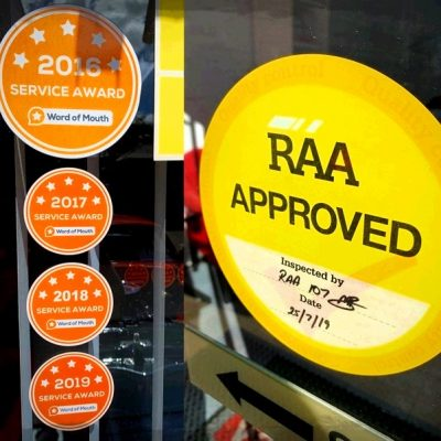 WOMO Service Awards & RAA Approved Crash Repairer Sticker